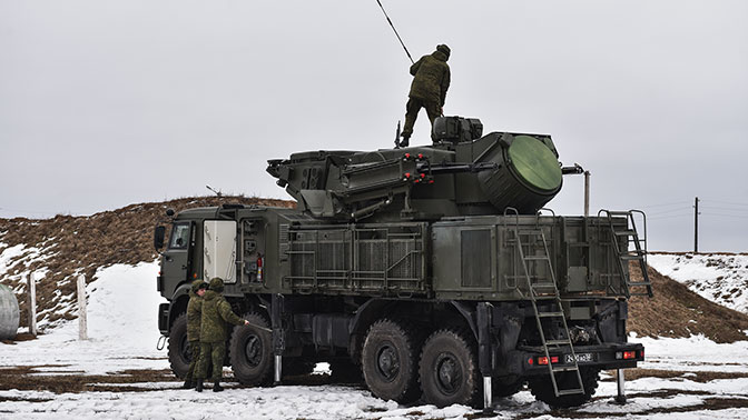 ВКС РФ провели боевые стрельбы новых ЗРПК «Панцирь-С» под Астраханью