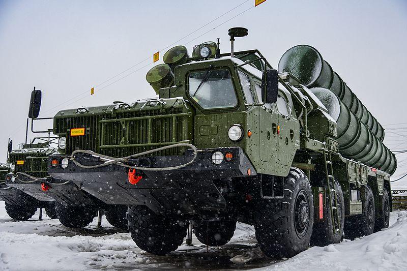 В ЗВО приступили к слаживанию систем С-400 «Триумф»