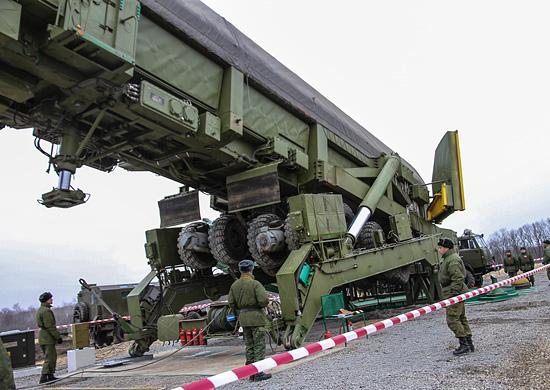 Ракетные формирования с «Ярсами» осваивают новые места патрулирования на Урале