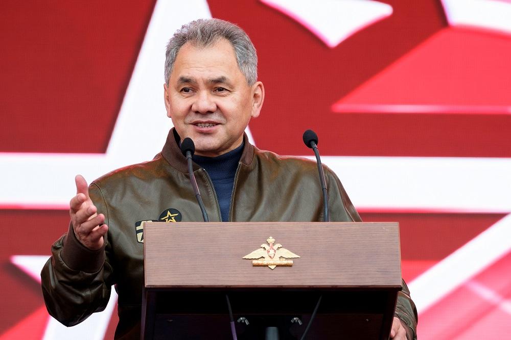 Сергей Шойгу поздравил Центральный военный округ со столетием