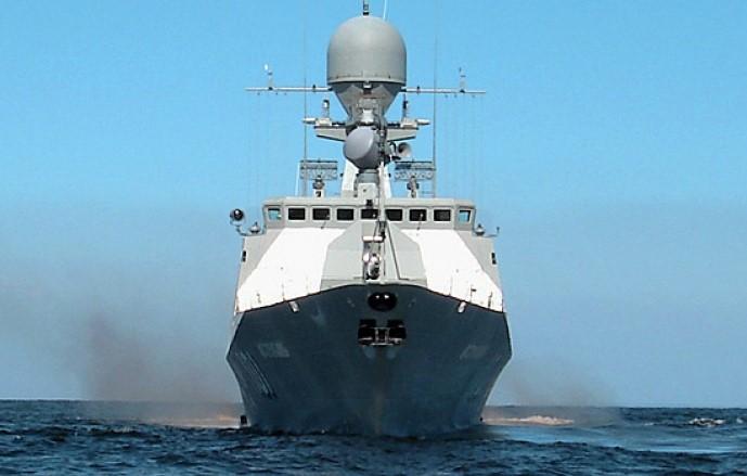 Охрану Крымского моста усилили катера Каспийской флотилии