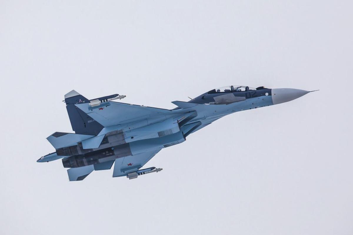 В Курский авиаполк войдет вторая эскадрилья Су-30СМ