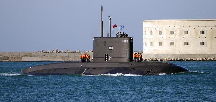 Две подлодки Черноморского флота сошлись в «дуэли»