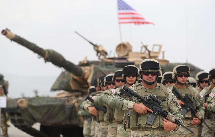 Россия отслеживает военные учения в Грузии