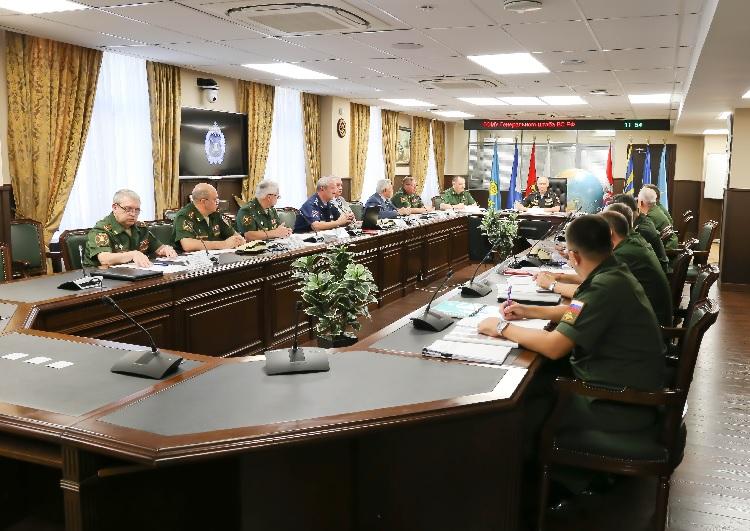 Названы лучшие военкомы России