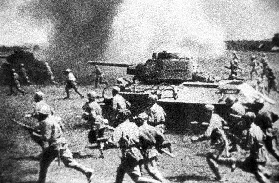 К 75-й годовщине Курской битвы Минобороны России рассекретило уникальные архивные документы