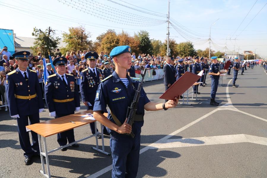 Курсанты Рязанского училища ВДВ приняли присягу