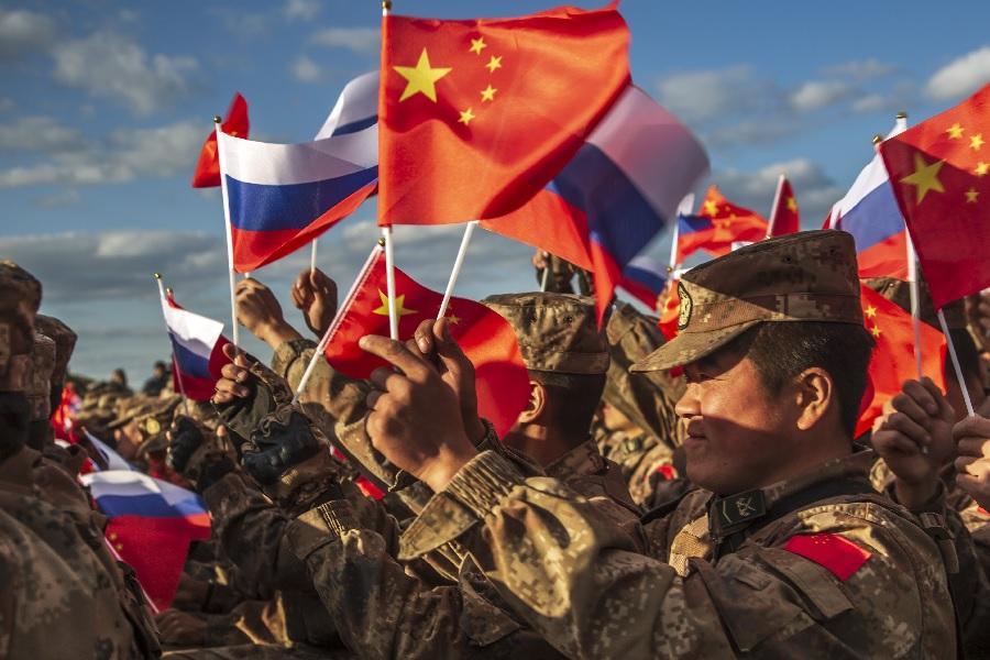 Главный китайский военный поставил российским коллегам «пятерку»