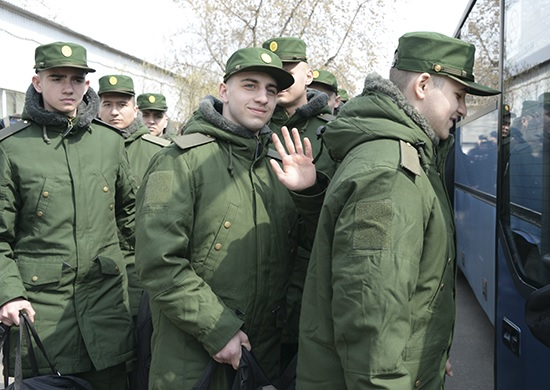 Российскую армию в ходе осеннего призыва пополнят 132,5 тысяч человек