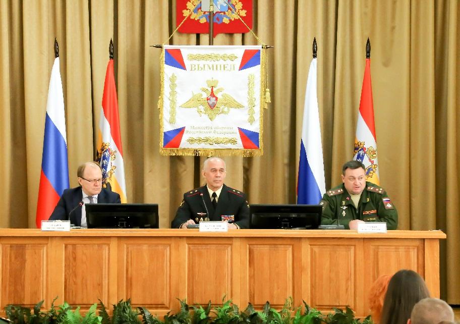 В Курске проведена выездная пресс-конференция по итогам весеннего призыва 2018 года