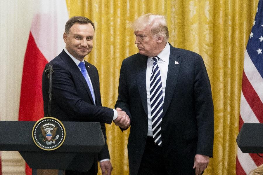 Как далеко зайдут США в Польше?