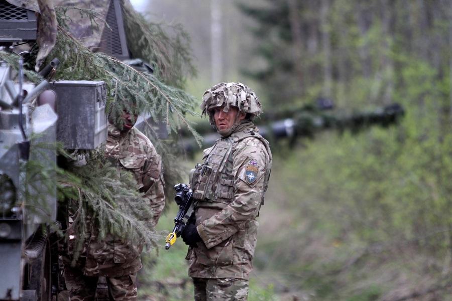 Поиграем в «танчики»: НАТО расширяет военную базу в Эстонии