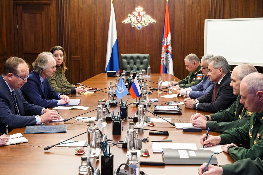 Шойгу и спецпосланник ООН обсудили присутствие иностранных войск в Сирии