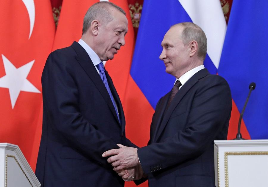 Москва и Анкара договорились о прекращении огня в Идлибе