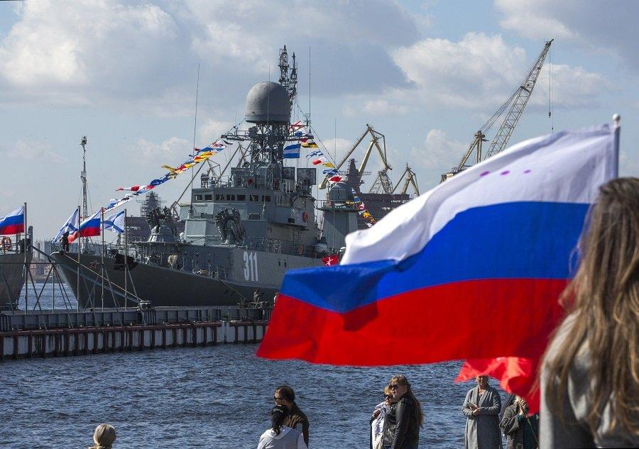 Россия не намерена держать НАТО в страхе. На время пандемии…