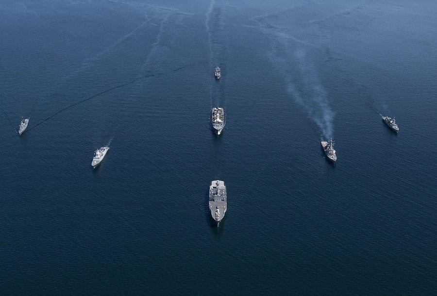 Балтфлот поднял боевые самолеты против кораблей НАТО