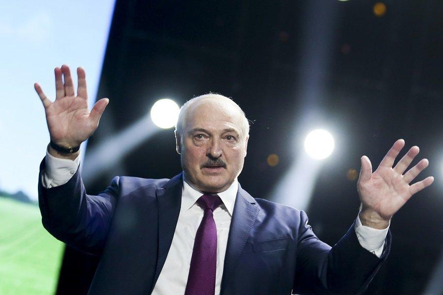 Минск закрывает границы