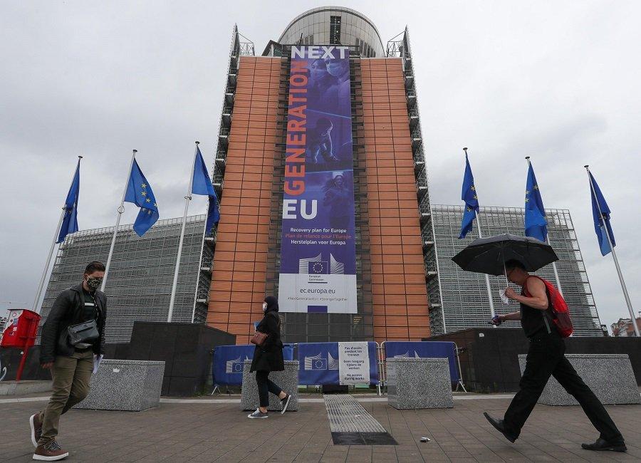 Перезагрузка или «ужасное будущее»: так в Европе видят перспективу дальнейших отношений с США