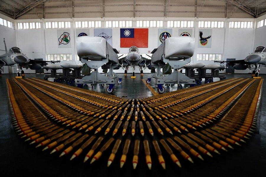 Китайская «игра с огнем» США