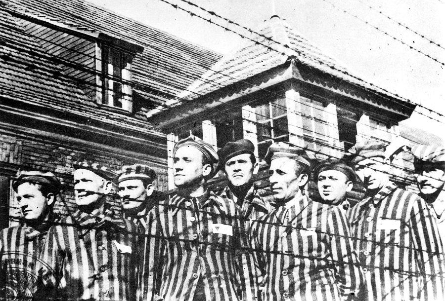 Судьба под знаком «OST»: мир отмечает годовщину освобождения Освенцима
