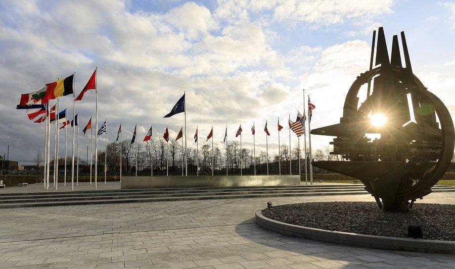 Дверь НАТО остаётся для Украины открытой, но внутрь пока не пускают