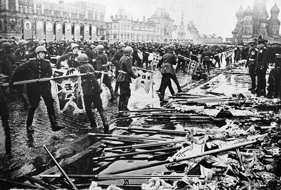 Сохранить историческую правду. Политики бьются за мифы о Второй мировой войне