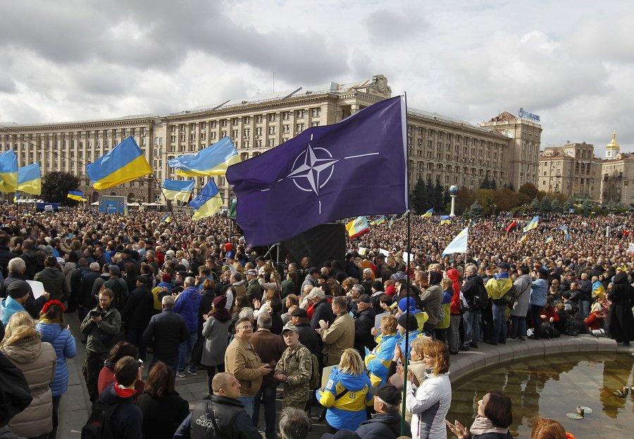 Страсти «по-украински» - на Западе не могут взять ответственность за воинственную страну