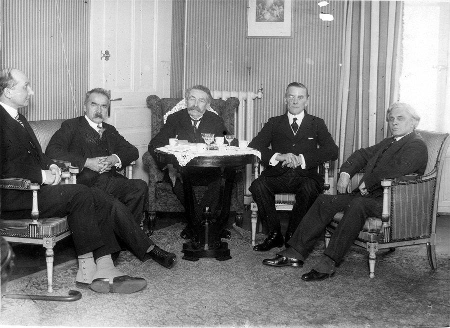 Новые документы о предвоенном «предательстве» Польши опубликуют в России