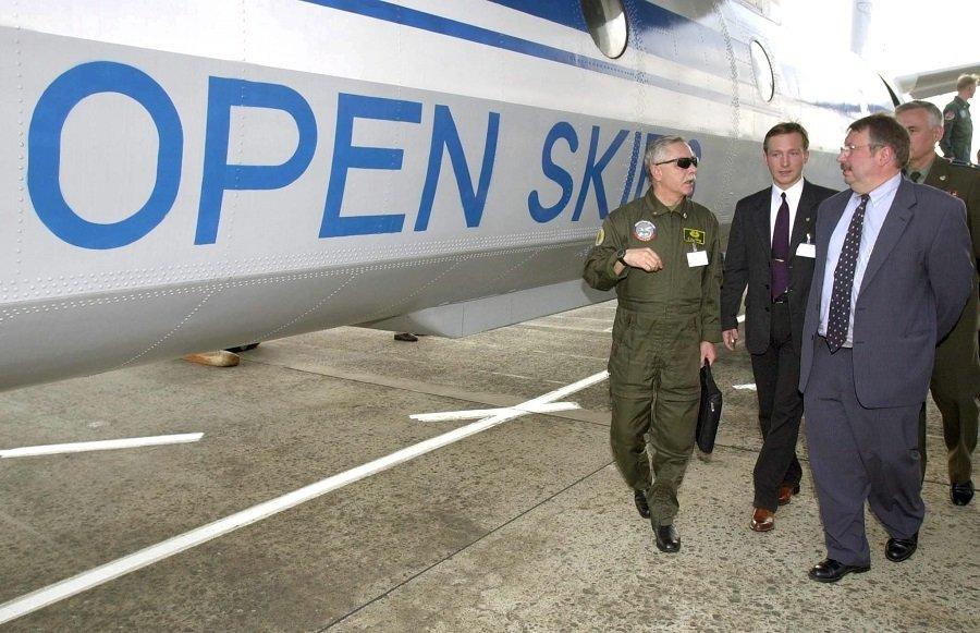 Россия готова выйти из Договора по открытому небу