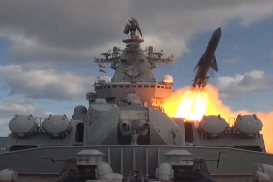 Поиск подлодок и охрана водного района: Россия проводит крупнейшие маневры в Тихом океане