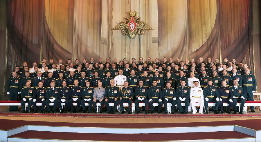 «Через тернии к звездам»: в военной академии Генерального штаба состоялся выпуск лучших офицеров страны
