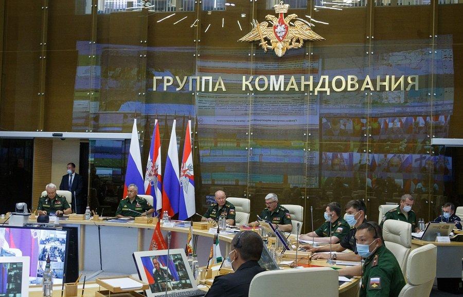 Сергей Шойгу проверил боеготовность войск Южного военного округа