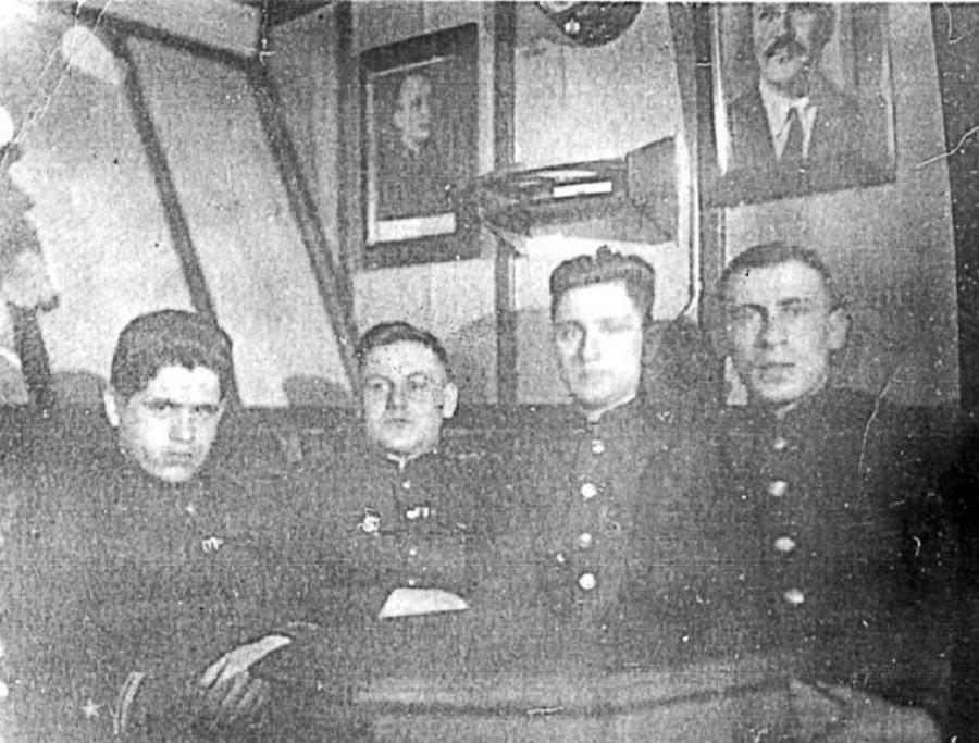 «Вызываю торпеду на себя» - годовщина героического подвига экипажа СКР-29 «Бриллиант» в Карском море